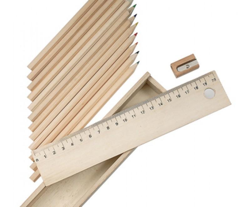 P05_0410 scatola matite legno